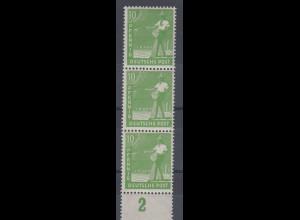 Arbeiter 10 Pfg, senkr. 3er-Streifen, oberste Marke mit PLF 946 II **