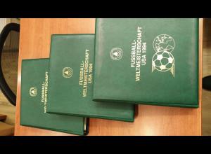 Fussball WM USA 1994 Motiv- / Thematik-Sammlung in 3 Spezial-Alben