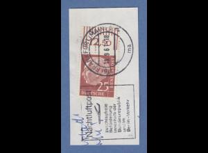 Bund-Heuss fluoreszierend 25Pfg Wert mit Oberrand auf Briefstück, gepr. Schlegel