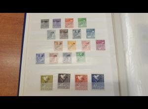 Sammlung Berlin 1948-1990 mit vielen frühen Ausgaben. ANSEHEN !